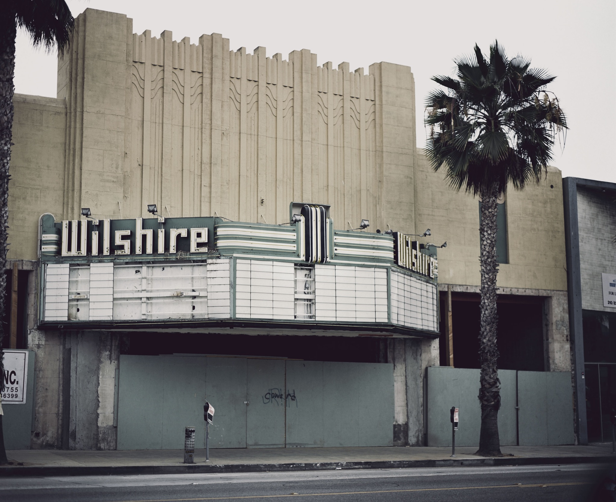 WilshireTheater_SantaMonica.JPG