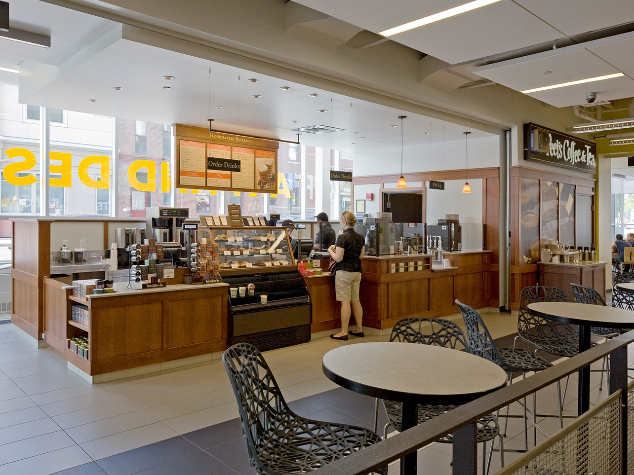 Peet's Coffee and Tea Kiosk