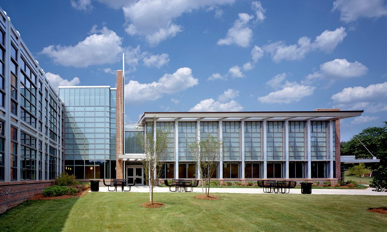 Hartleb Fine Arts and Technology Center