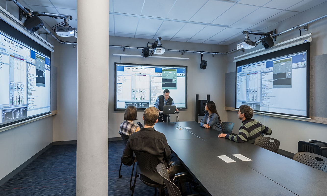 Electronic Production and Design Seminar Room