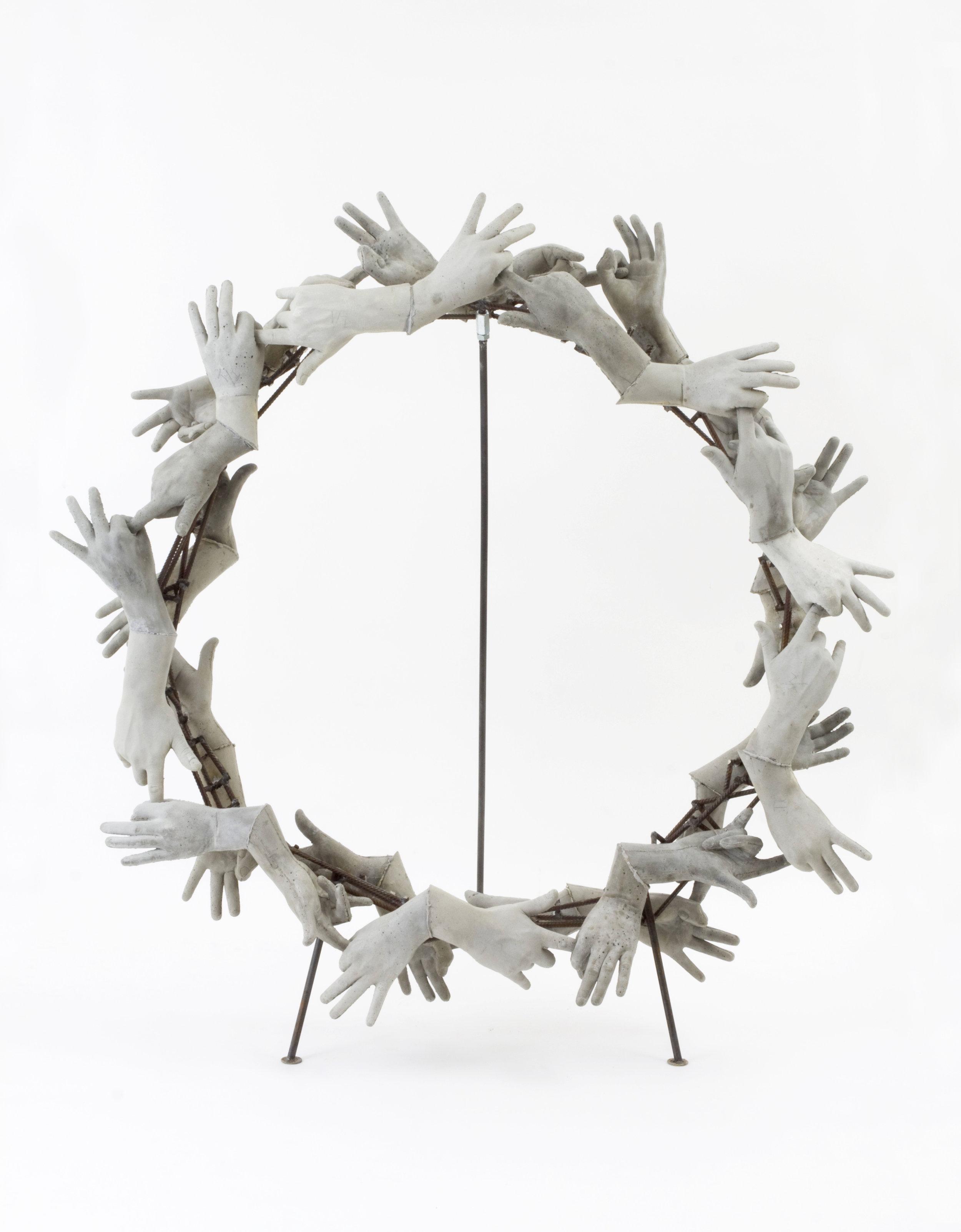 Concrete Wreath 2013, concrete, metal, 140 x 140 x 100 cm