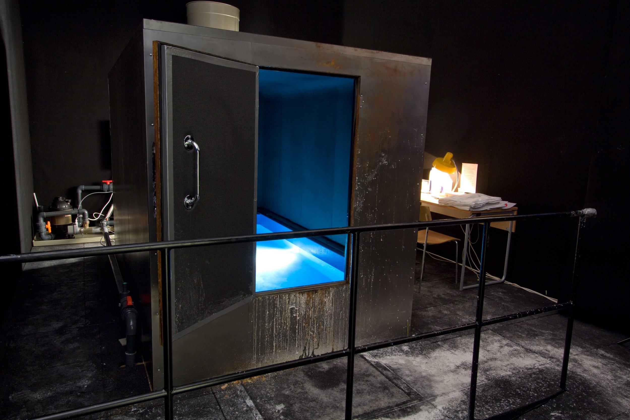 Black Hole 2005, microgravity cabin