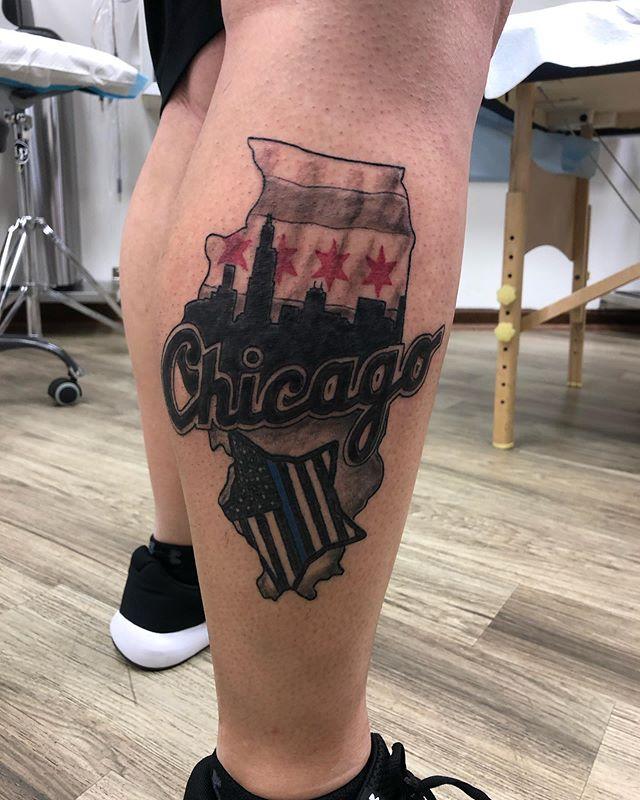 Had fun finishing this one up @native.rituals #chicagotattooartist #chicago #blackandgreytattoo #skylinetattoo #tattoo #illinois