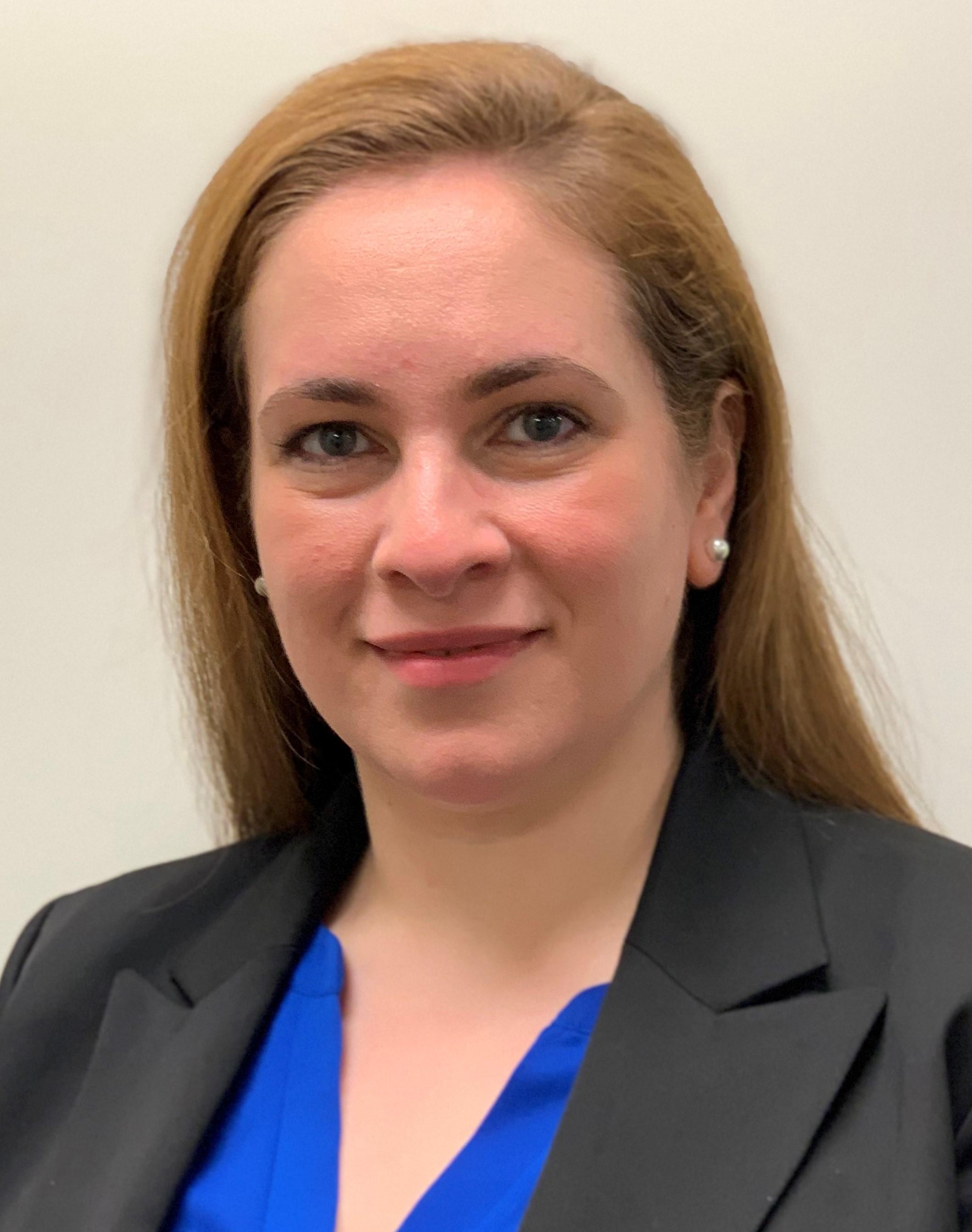 Lori Cooper, Associate