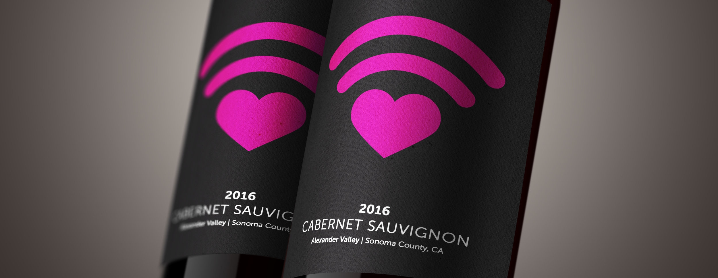 wine-bottle-label-mockup_heart_drk.jpg