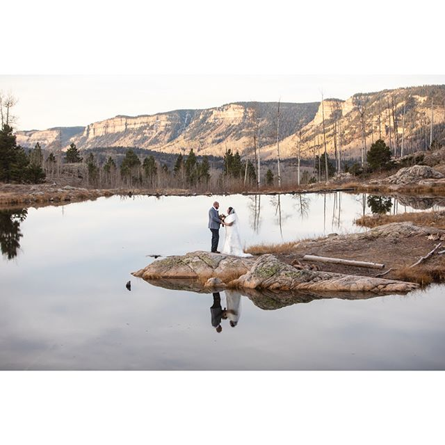 Holy Cow, this morning was incredible. Naomi and Brice decided that they wanted a simple and natural wedding. So they decided to elope in Durango and I was lucky enough to join them!