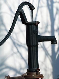 1 TAAL 1117 pump3.jpg