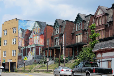 """The Bride"" on Penn Avenue (tromp l'oeil painting on far left)"