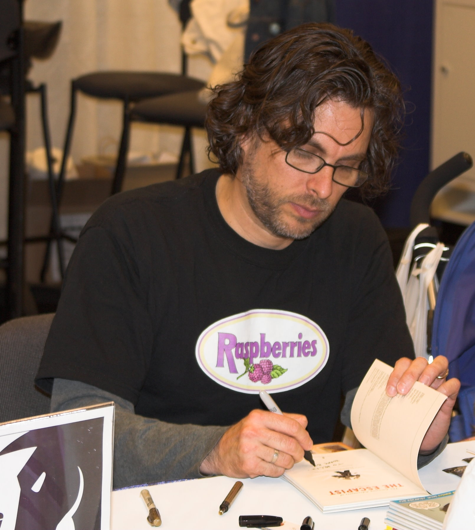 Michael Chabon Photo:By Charlie Reiman (https://www.flickr.com/photos/chairface/99979664) [CC BY-SA 2.0 (https://creativecommons.org/licenses/by-sa/2.0)], via Wikimedia Commons