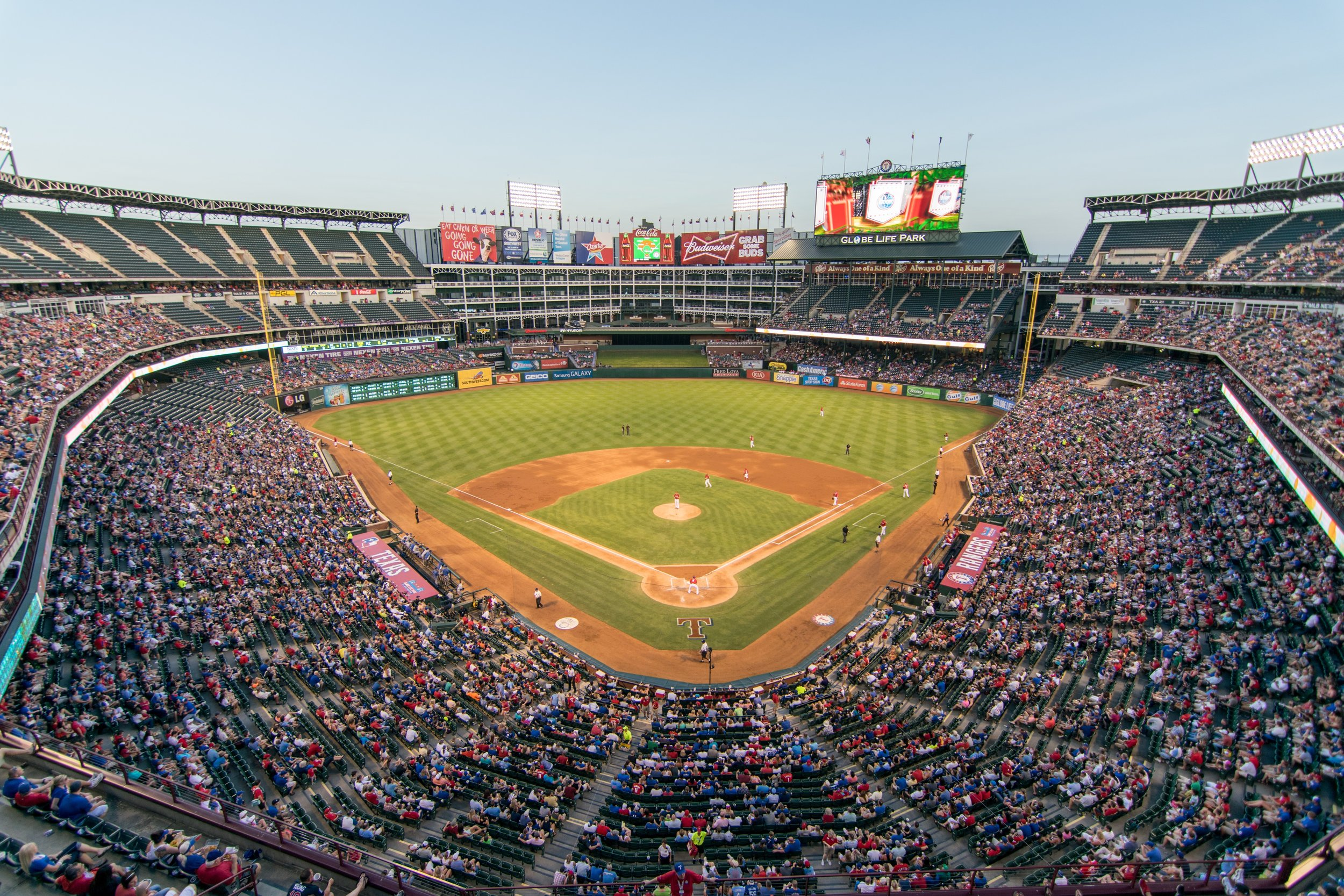 115 arena-athletes-audience-264279.jpg