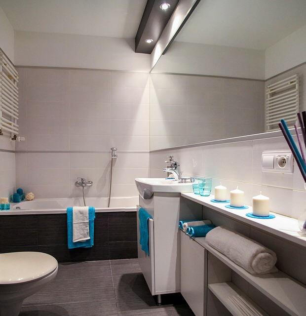109 bathroom.jpg