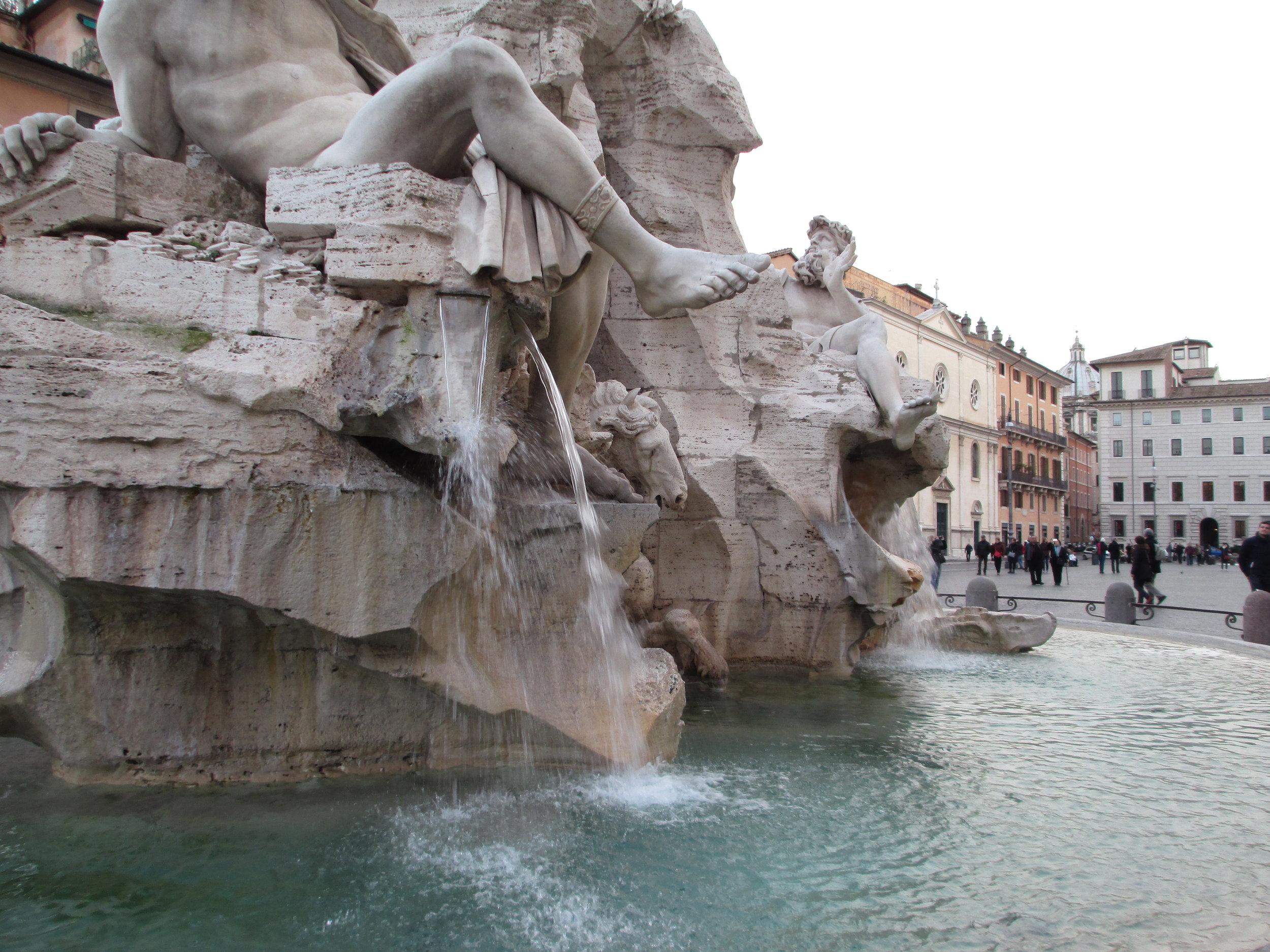OB19 Plaza Navona Bernini statue Fountain of the Four Rivers(detail).JPG