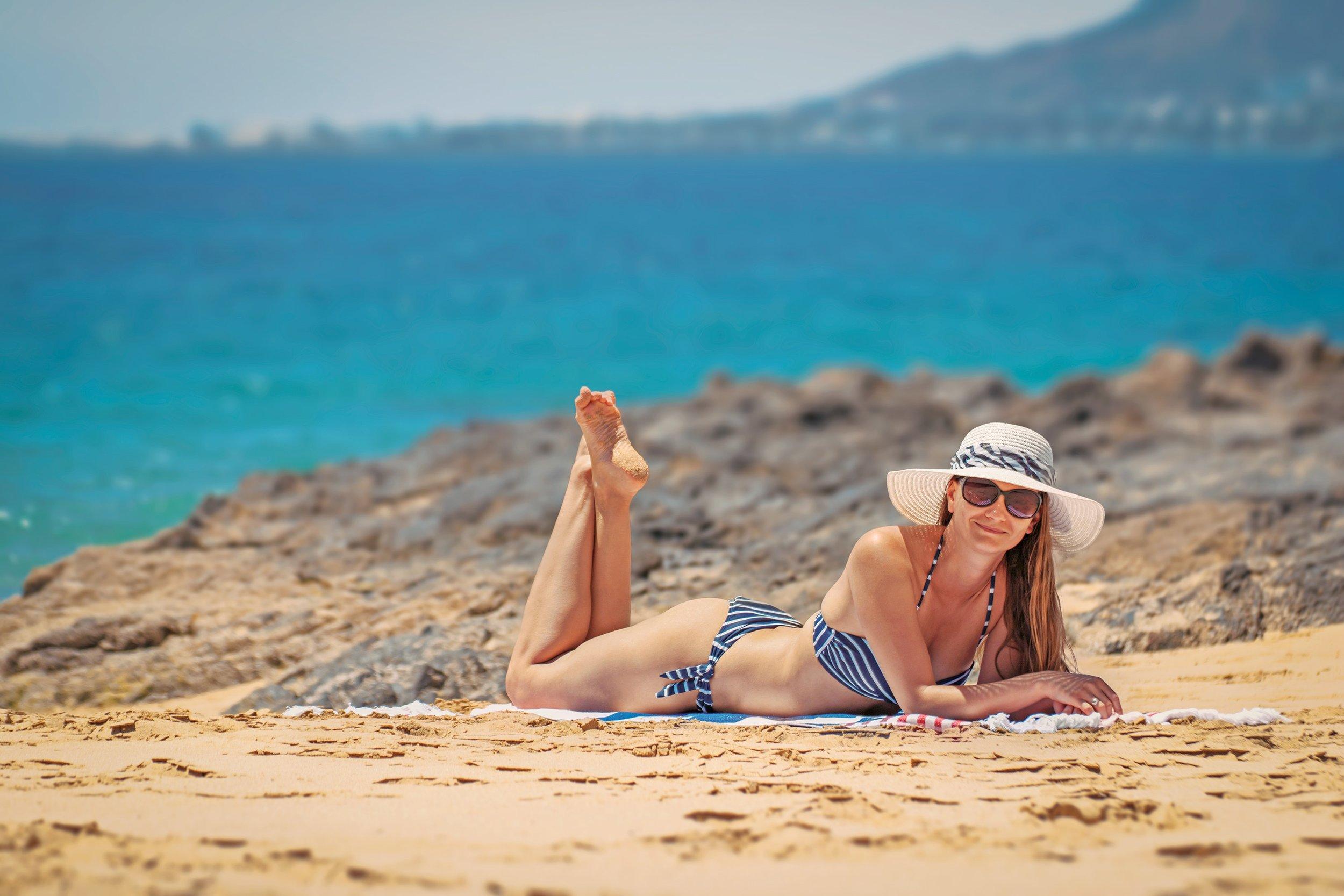 110 beach-bikini-daylight-945901.jpg