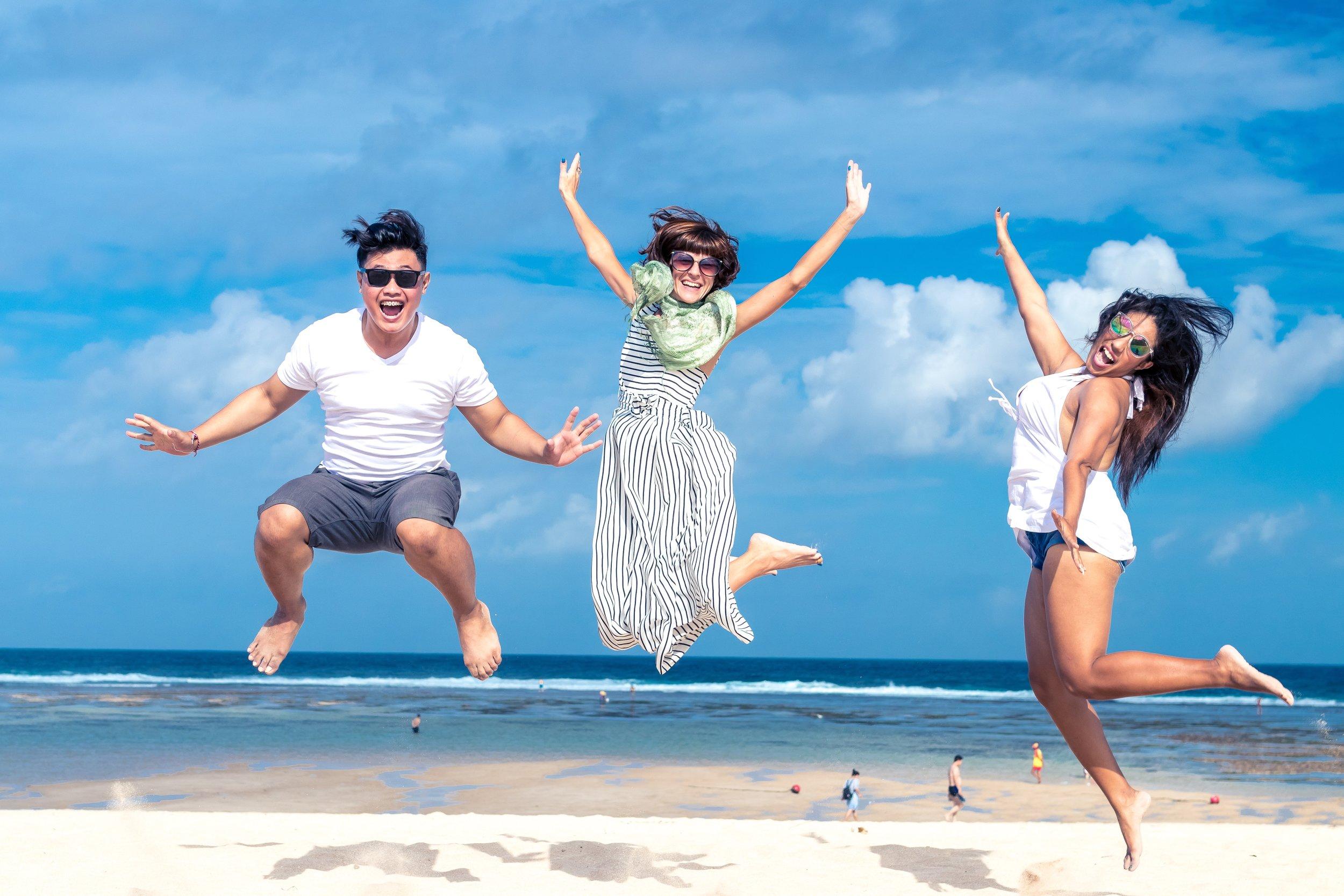 116 beach-blue-sky-cheerful-452738.jpg
