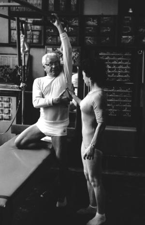 Calibrate Pilates - Joe Pilates Teaching Lats