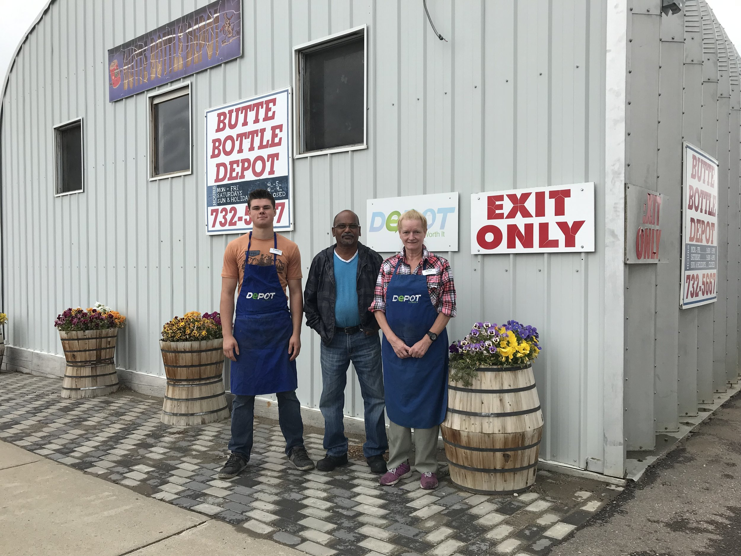 Butte Bottle Depot (Picture Butte)