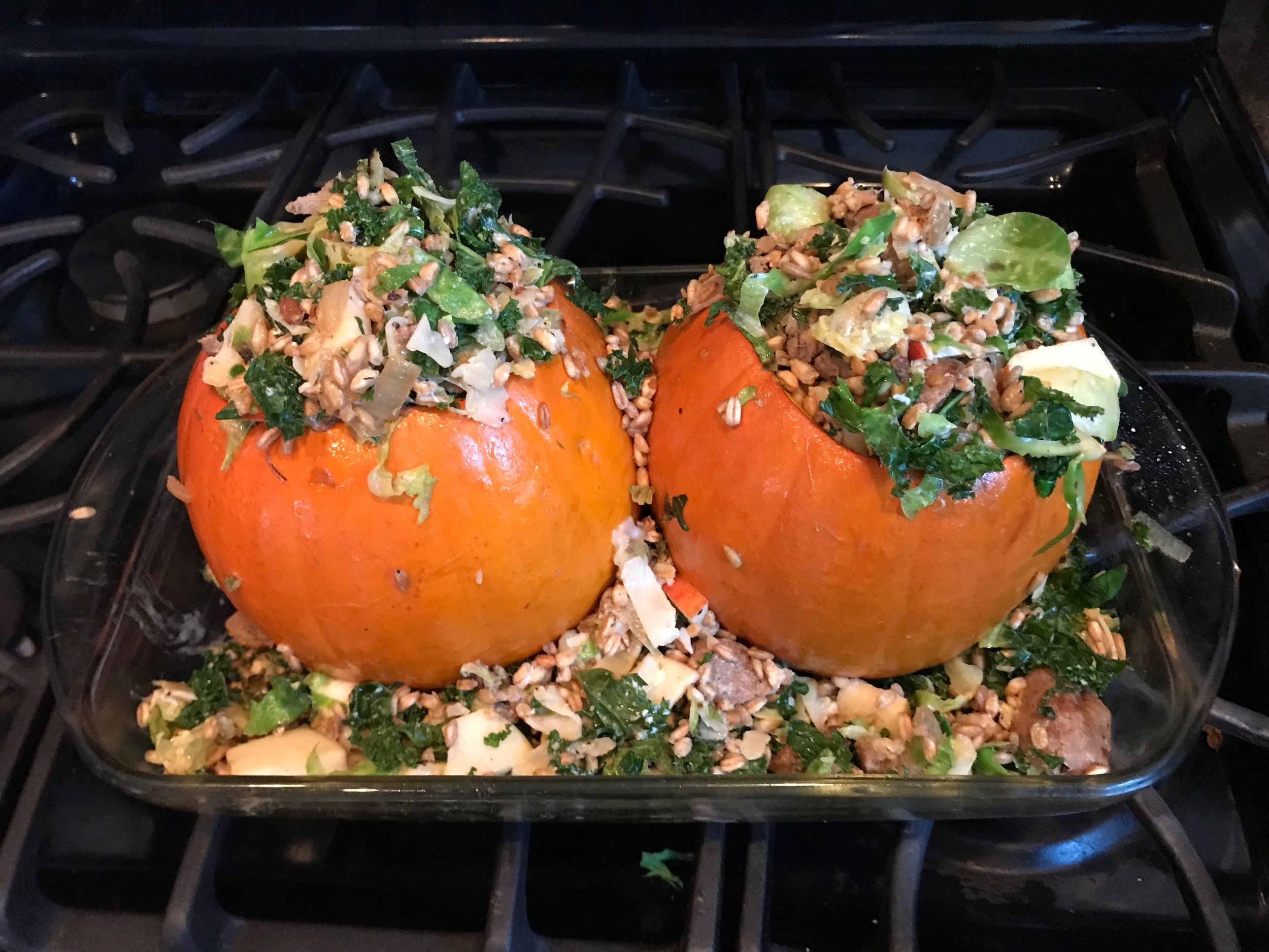 - To the left is what stuffed pumpkins look like before you cook them.Below is what they look like after you cook them.