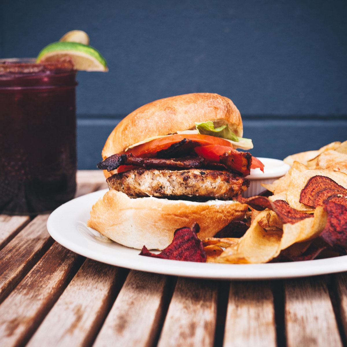 Saskatoon-0002-Burger-PrairieHarvest-Food-Photo.jpg