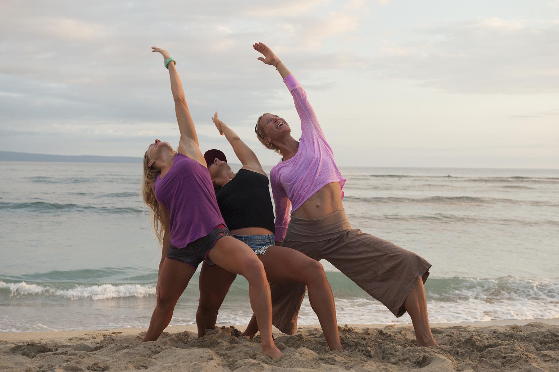 Yoga-Girls-2.jpg