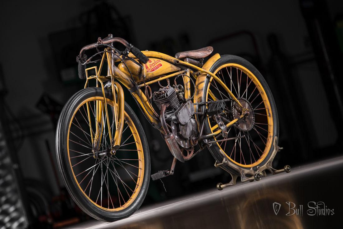 Cyclone board track racer tribute bike 2.jpg