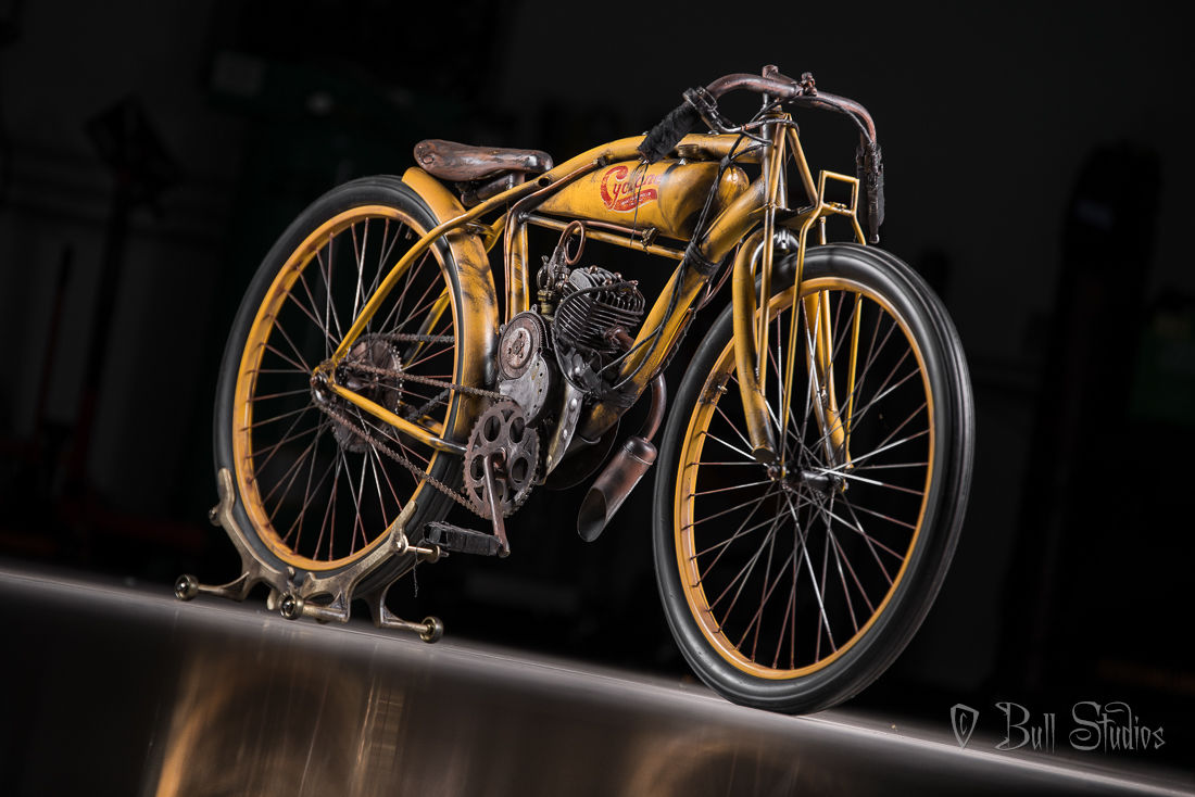 Cyclone board track racer tribute bike 3.jpg
