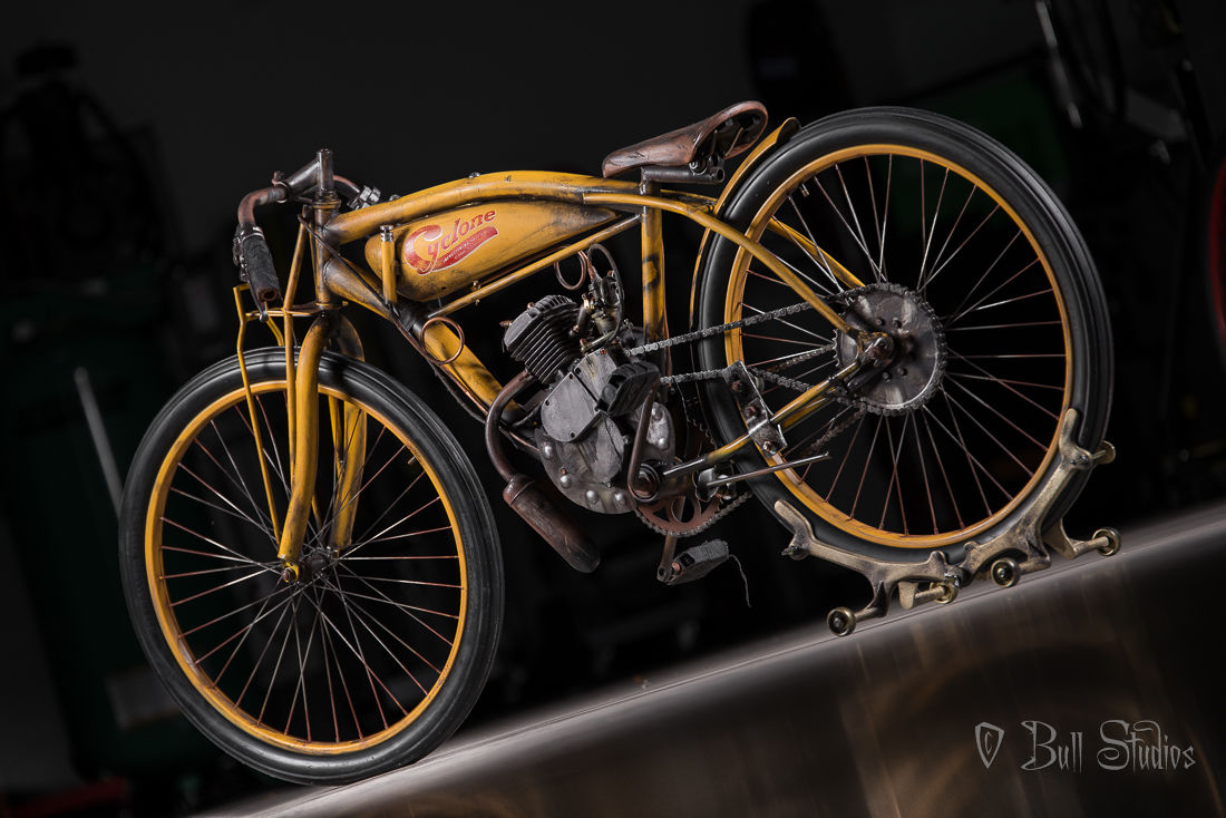 Cyclone board track racer tribute bike 6.jpg