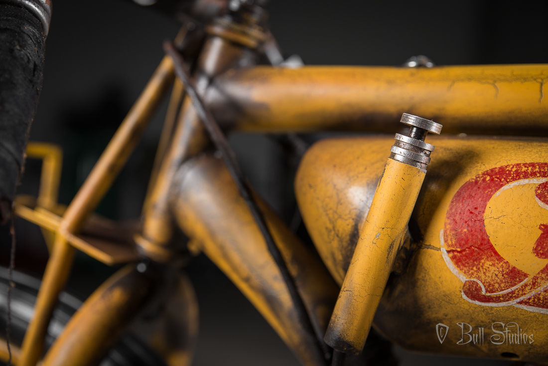 Cyclone board track racer tribute bike 11.jpg