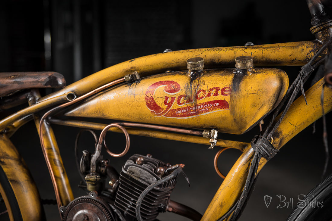 Cyclone board track racer tribute bike 13.jpg