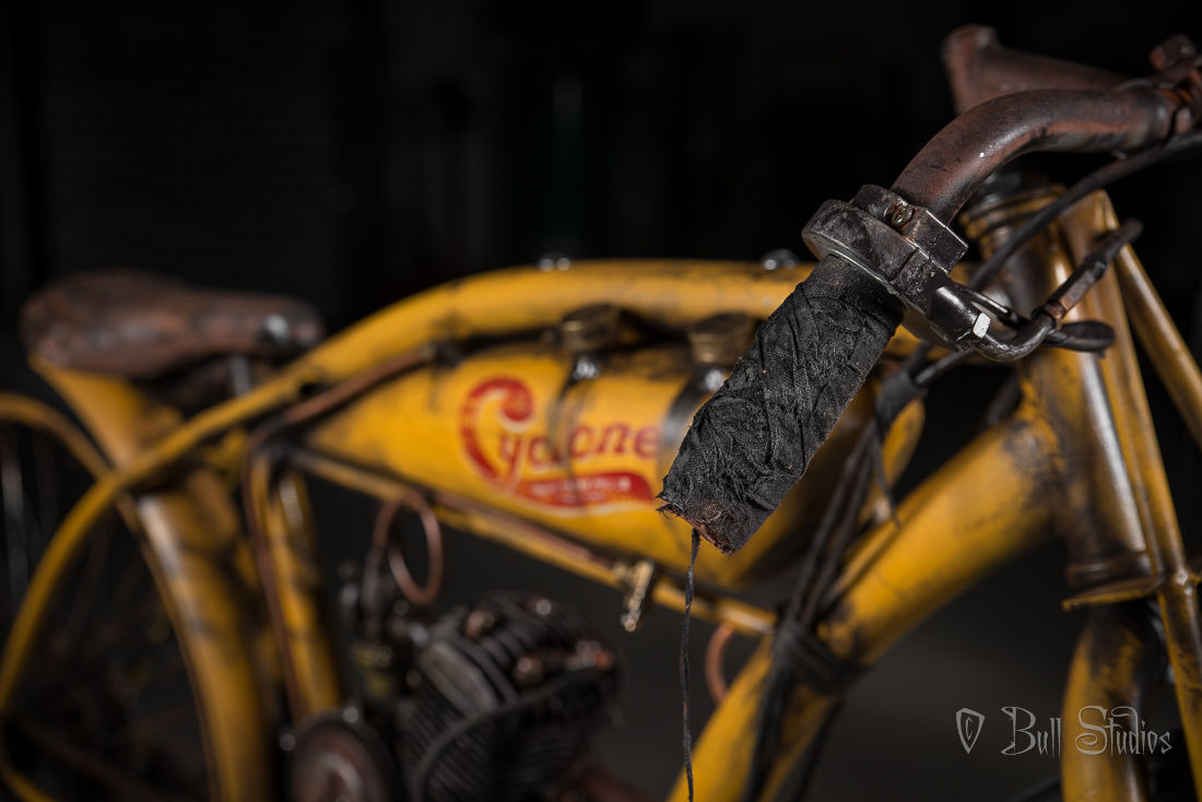 Cyclone board track racer tribute bike 24.jpg