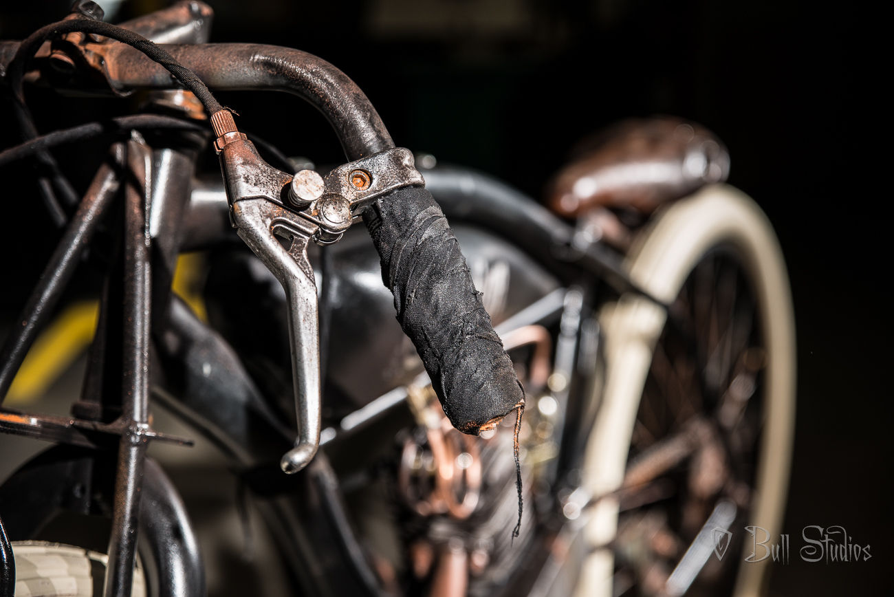 Indian board track racer tribute bike 5.jpg