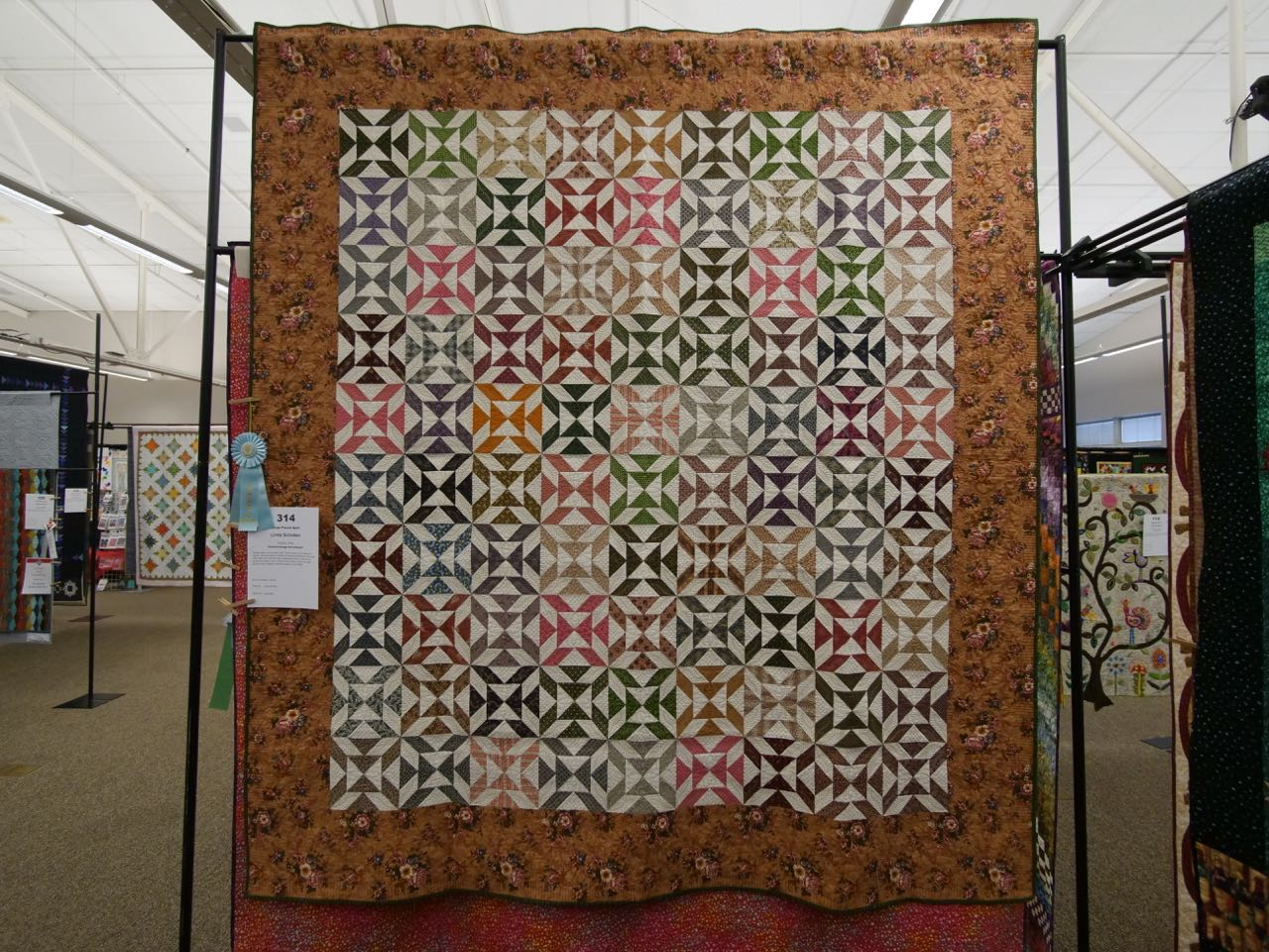 Counterchange Arrowheads - Honorable Mention, Large Pieced Quilts