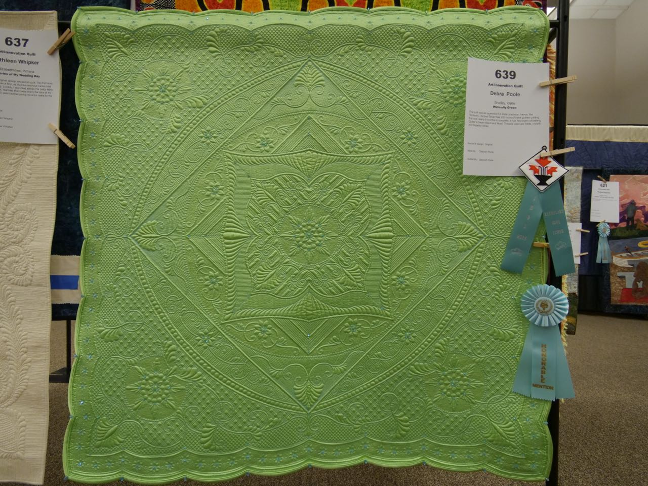 Wickedly Green - Honorable Mention, Art/Innovation Quilts; Exemplary Edge Finish