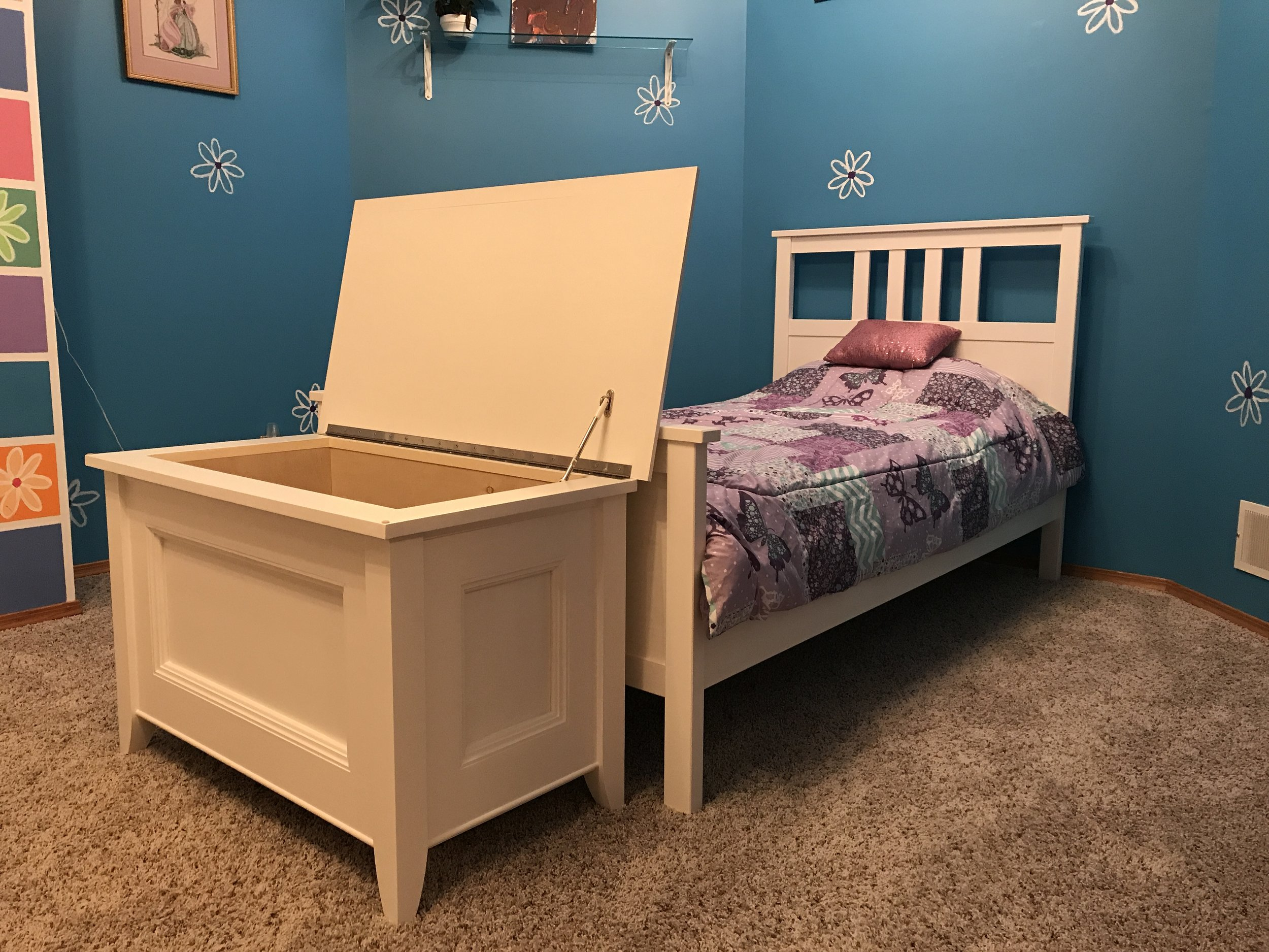Blanket Chest Toy Box Corner with Bed Open