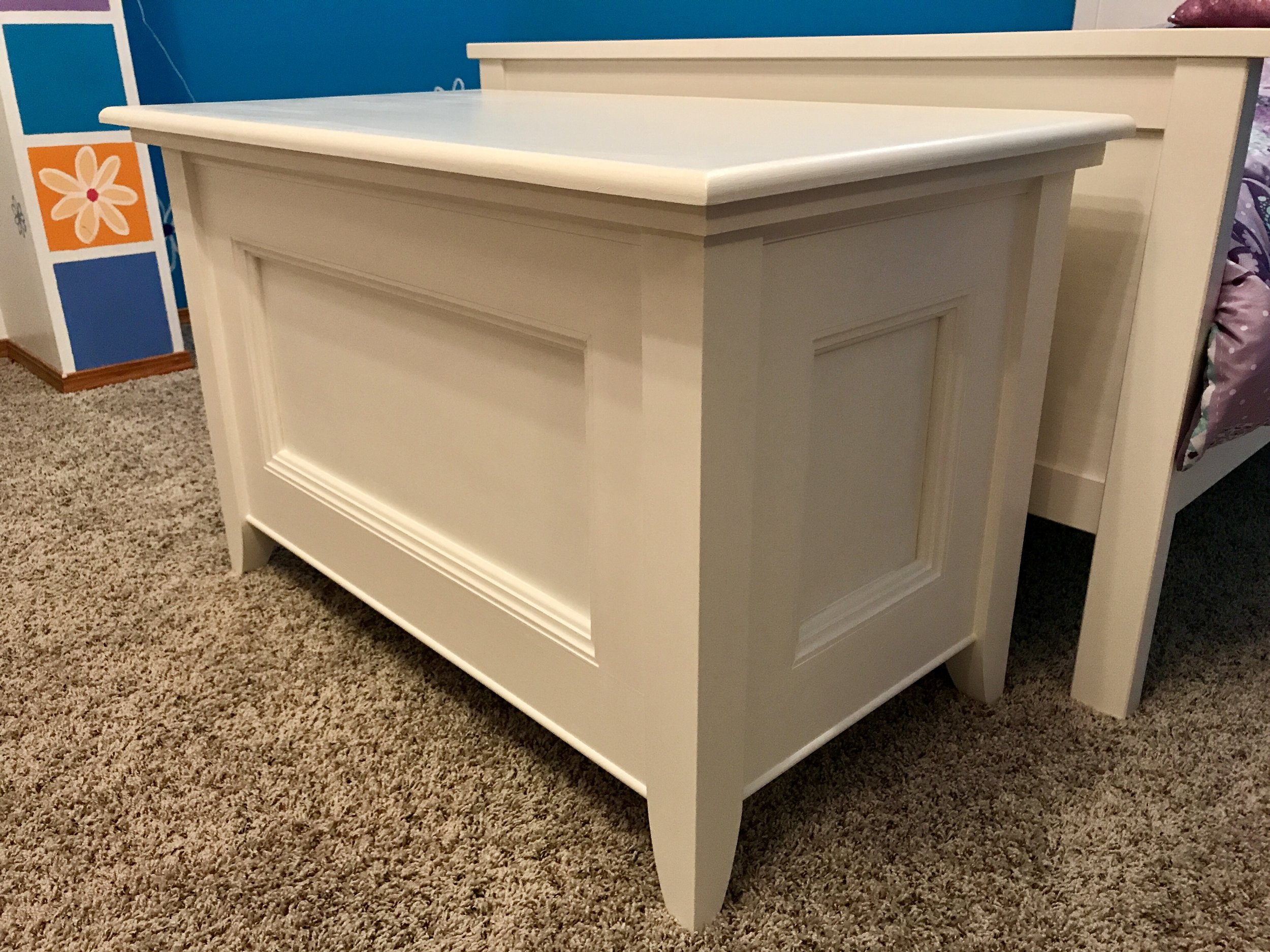Blanket Chest Toy Box Corner