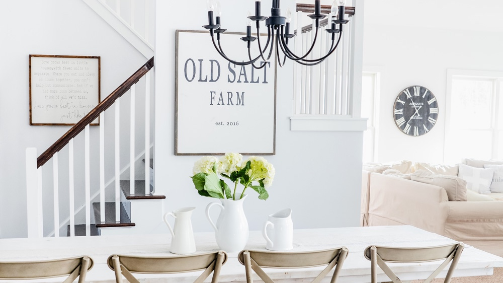 Decorator-White-Benjamin-Moore-Best-White-Paint-Colors-Farmhouse-White-Paint.jpg
