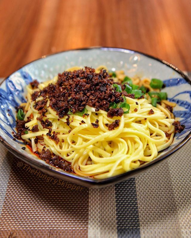 Continuing my Chinese New Year Celebration with this Dan Dan noodle with chili-minced pork at @alley41official in Flushing, Queens. Alley 41 was named as a 2019 Michelin Guide New York City Bib Gourmand restaurant. 📷 @thehungryskipper