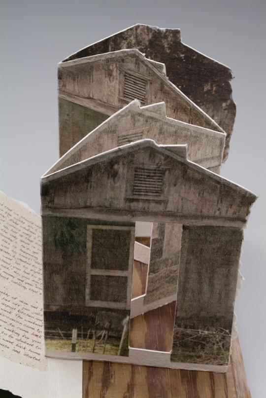 Poule Aye house detail.jpg