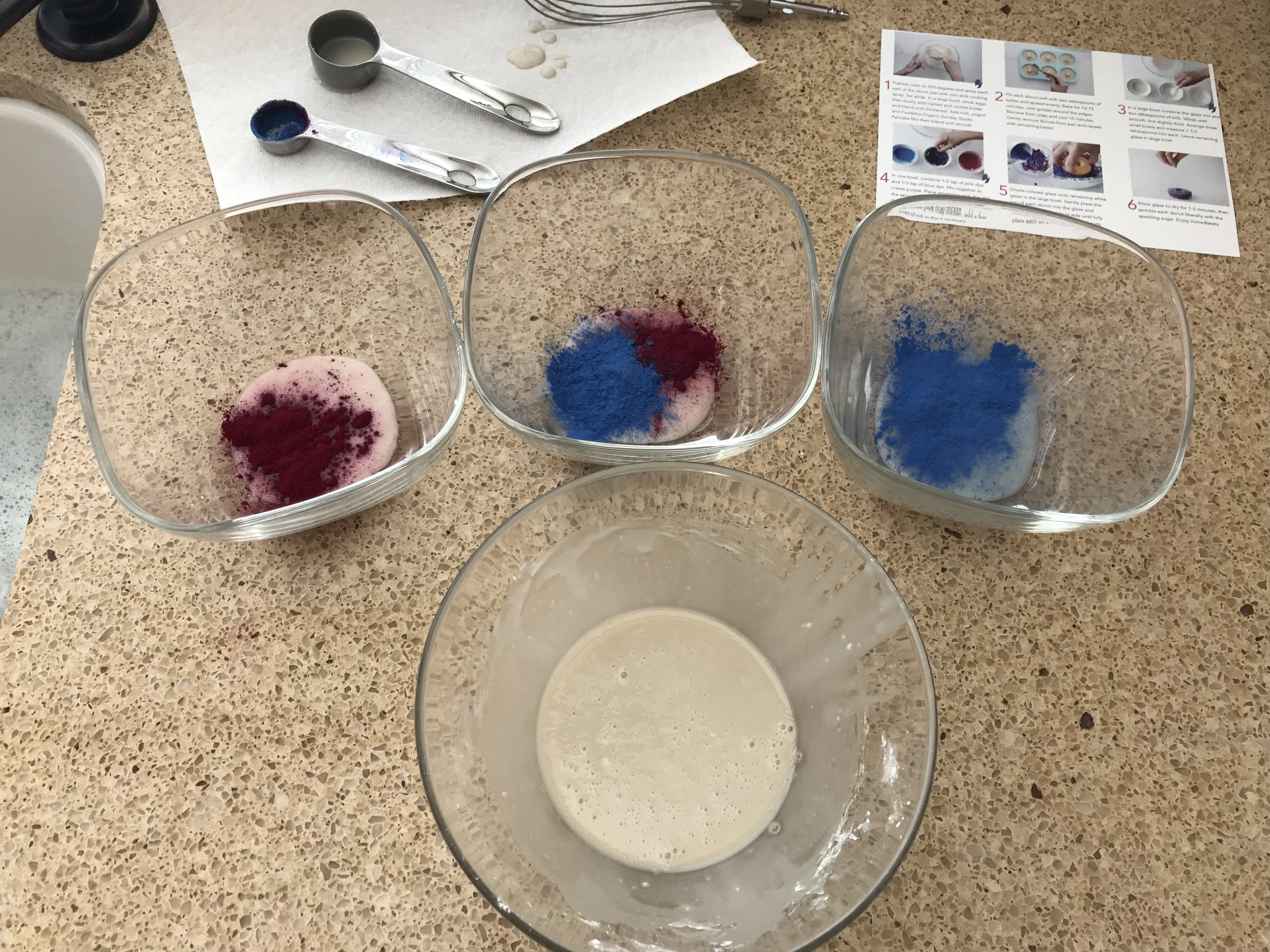 Mix frosting colors