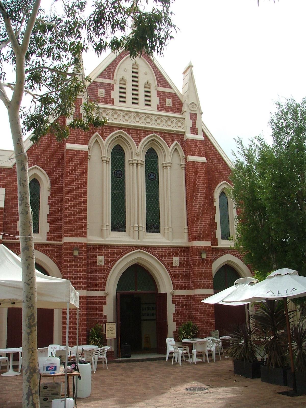 ross church photo 2 feb 09.JPG
