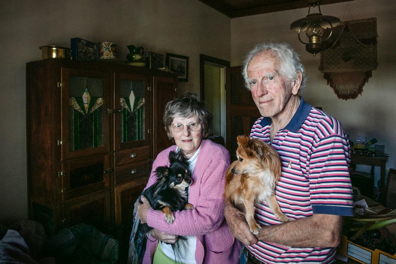 Portrait-elderly-couple-00.jpg