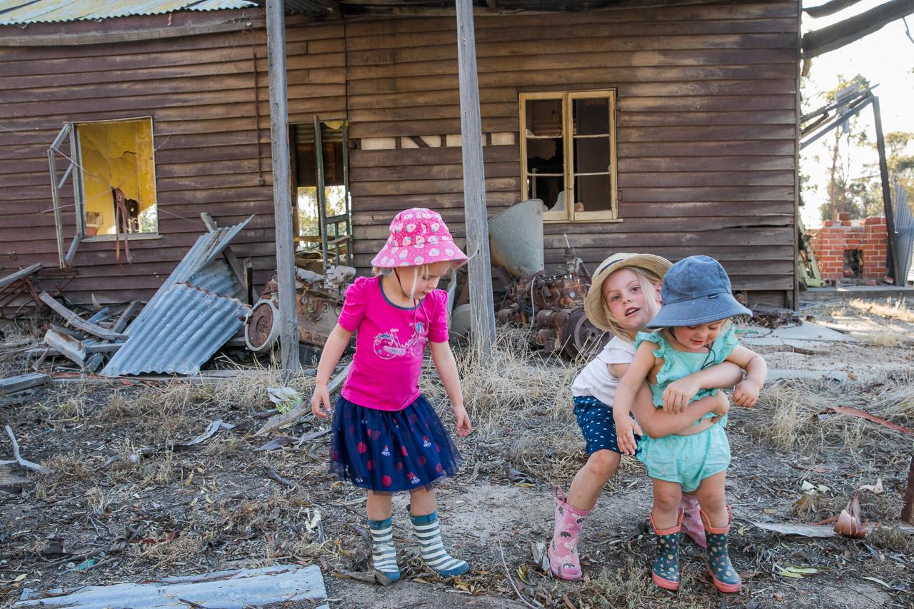 Wheatbelt-family-photos-on-the-farm-03.jpg