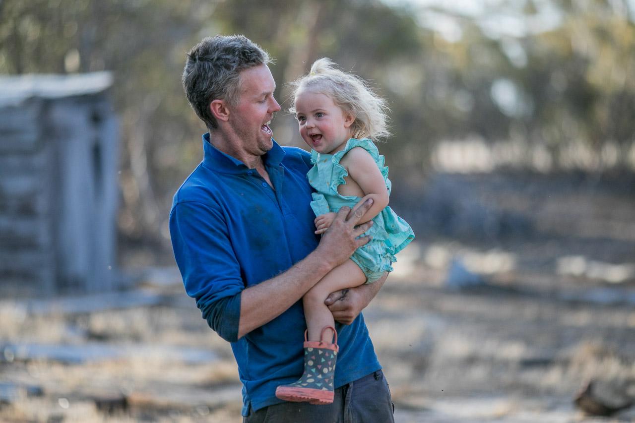 Wheatbelt-family-photos-on-the-farm-15.jpg