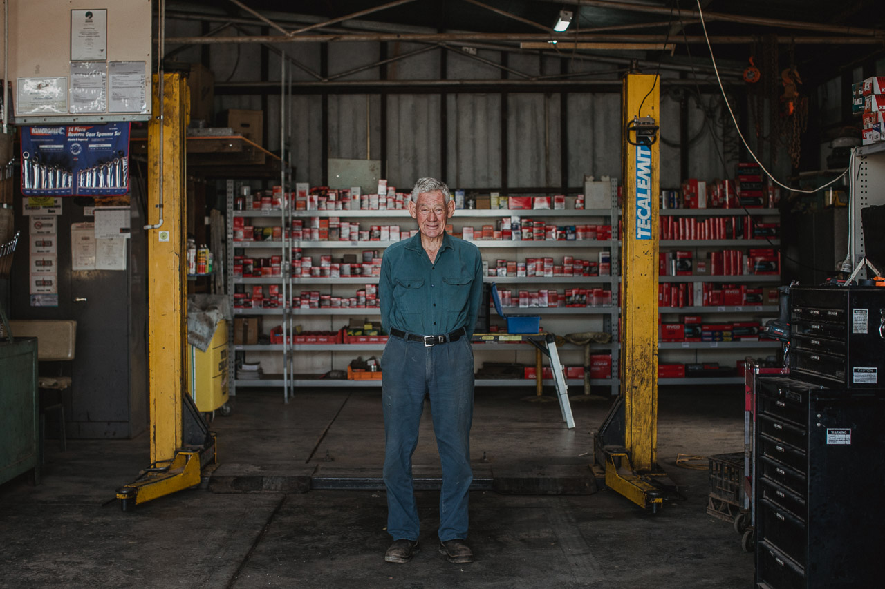 Richard Spark still working in Mukinbudin as the mechanic at the age of 82