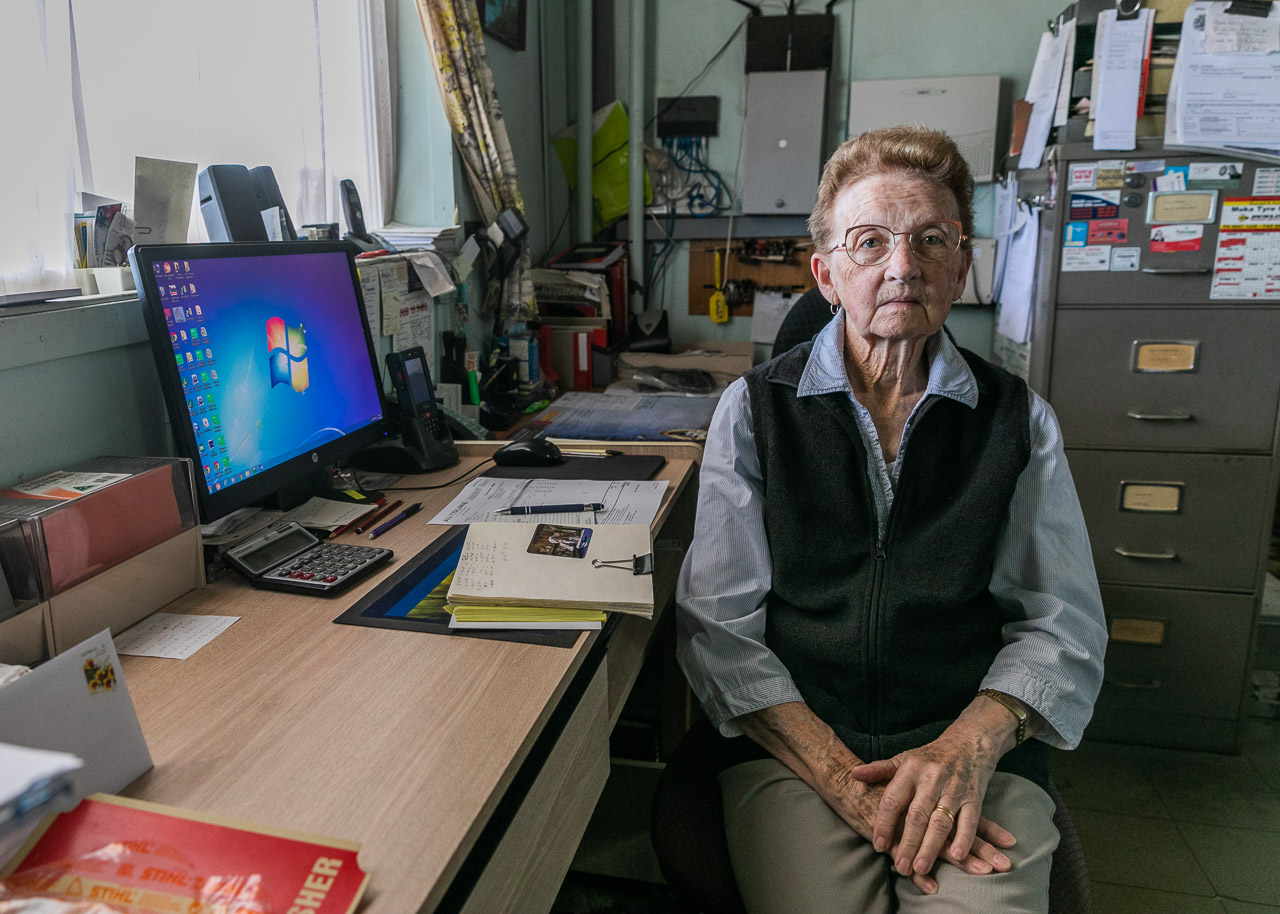 Mrs Geraghty aged 89 at her desk at the BP in Mukinbudin
