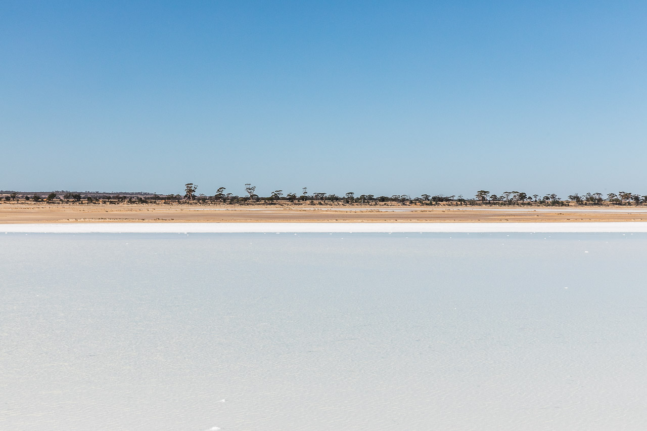 Simple landscapes in the Wheatbelt with big skies and salt lakes