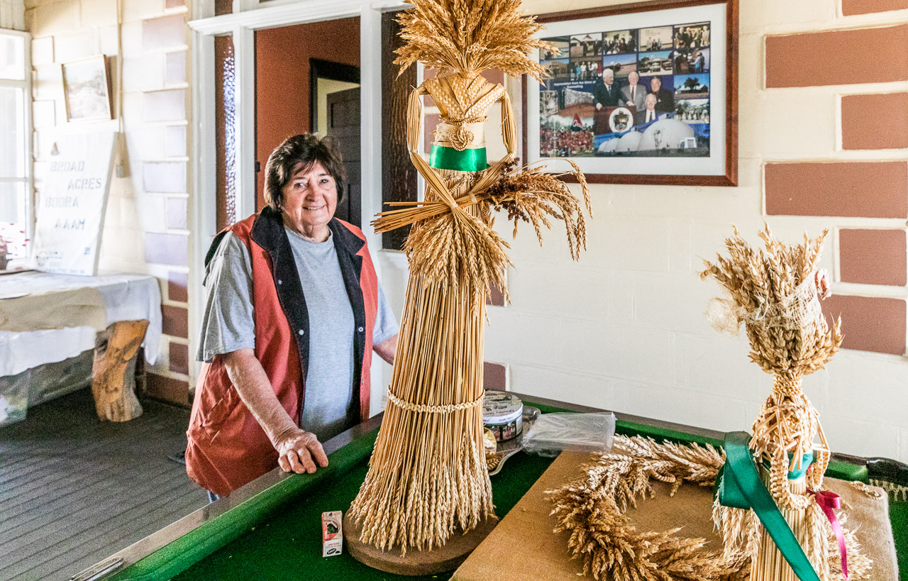 Lesley McNee is an expert creator of Corn Dollies, the emblem of Koorda in the Wheatbelt region of WA