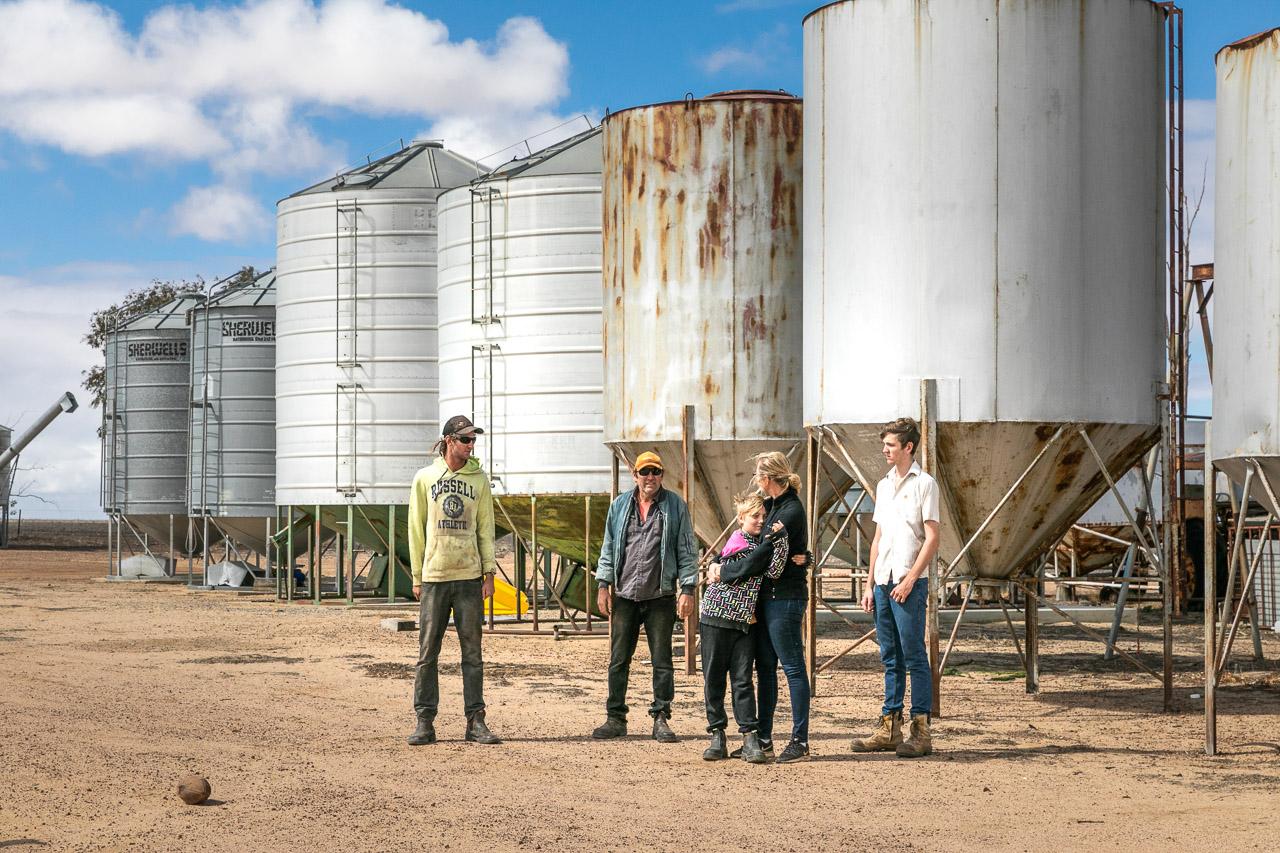 Wheatbelt family portrait session