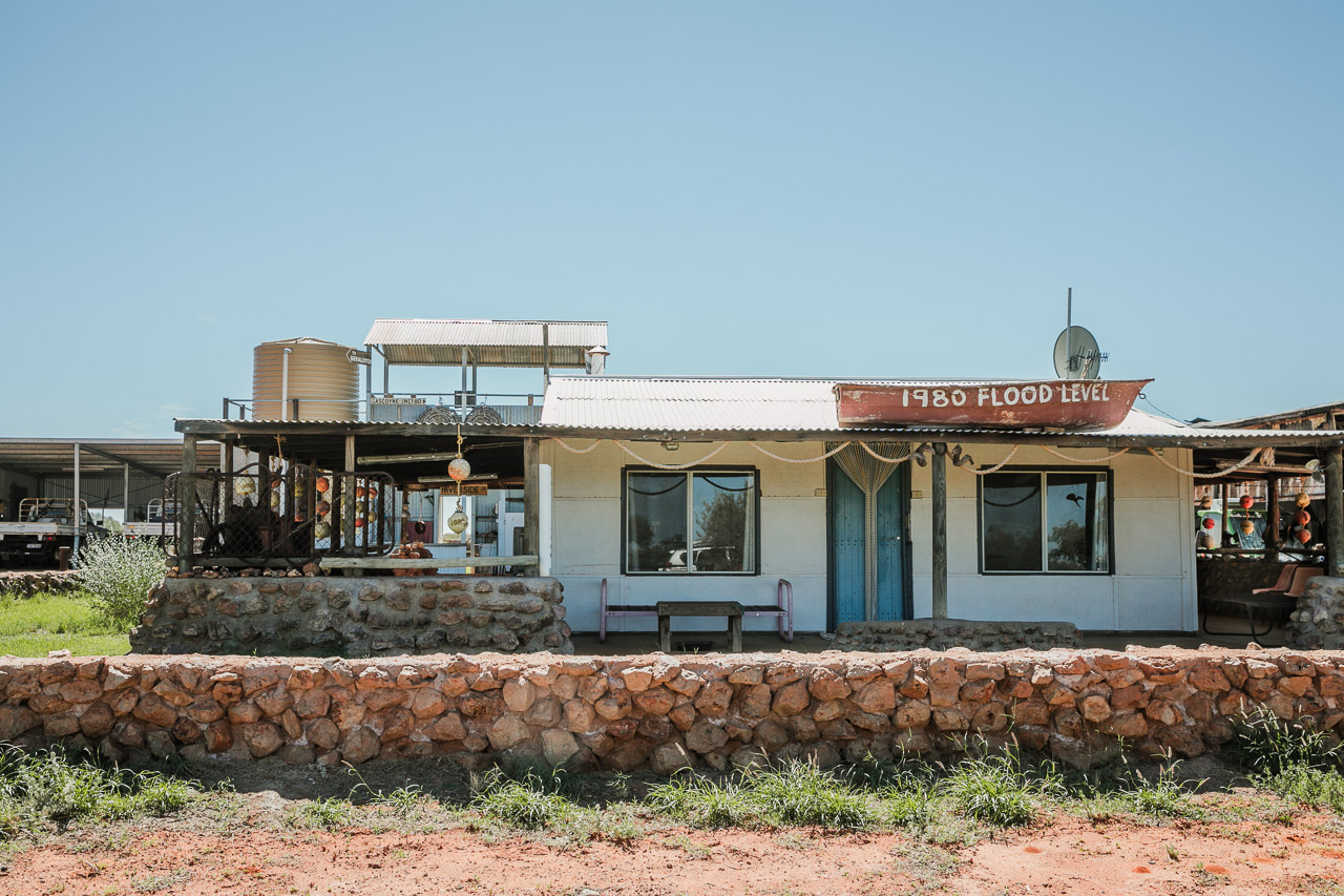 Gascoyne Junction - the house with a boat on its roof