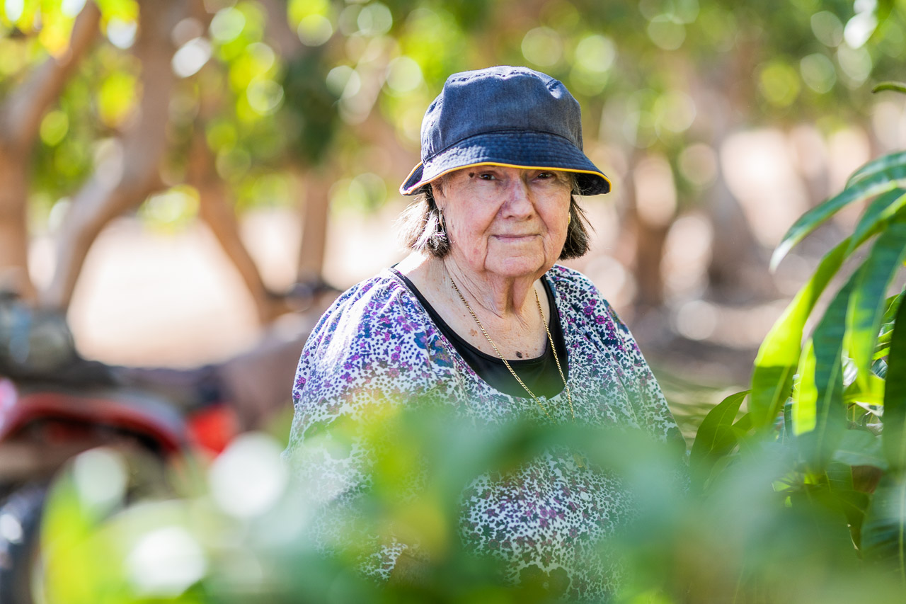 Growers-portrait-Carnarvon-05.jpg