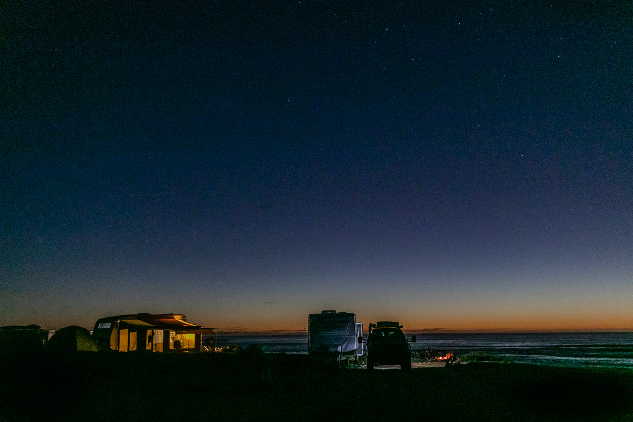 Camping on the cliffs at sunset at Gnaraloo Station